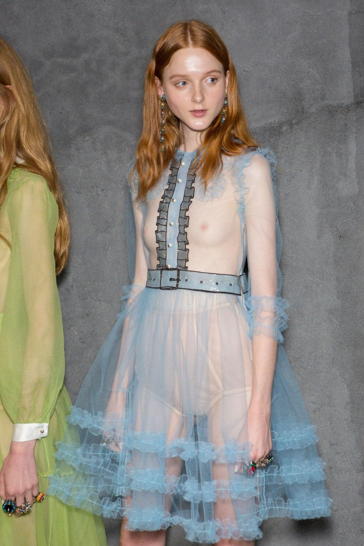 Gucci-backsatge-spring-2016-fashion-show-the-impression-026