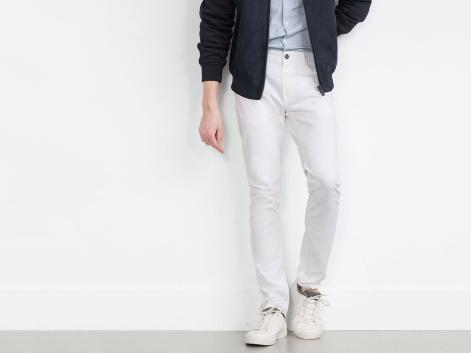 combinar_pantalon_blanco_hombre_6263_1200x900